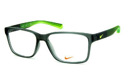 8d61d89ea1dc8 Óculos Nike 7091 Live Free Cinza fosco degrade com detalhe e logo verde  fluorescente na haste ...