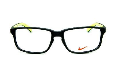 ad1bd91b9 ... Óculos Nike 7095 Preto fosco com verde fluorescente no interno das  hastes e logo de metal ...