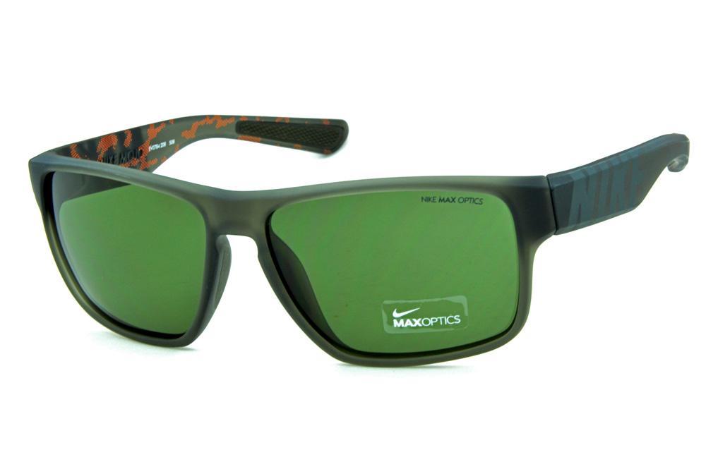 45d4f2c9d Óculos de grau e óculos de sol Nike