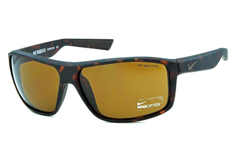 Óculos de grau e óculos de sol Nike a6a203dc33