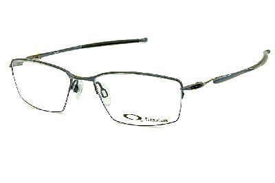 5adeb507d312b Óculos Oakley OX5113 Lizard Metal Titanium nylon Azul metálico e prata com ponteiras  emborrachadas ...