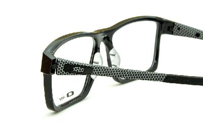 6062fd870baee ... Óculos Oakley OX8040 Chamfer 2 Acetato Preto com detalhes cinza nas  hastes ...