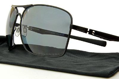 4e2a77a5a ... Óculos de sol Oakley OO4063 PLAINTIFF SQUARED metal preto com lentes  polarizadas