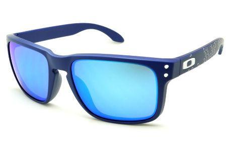 133e030a0 Óculos de sol Oakley OO9102 Holbrook azul com haste bolha e detalhe branco