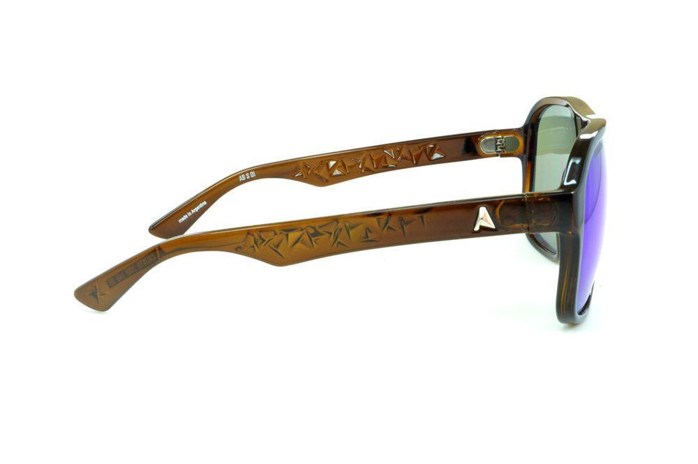 b0320dd9bf359 Óculos Absurda Calixto marrom e lente roxa azul violeta espelhado