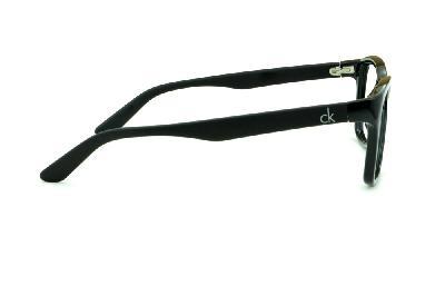 2d7aa62b3cf7c ... Óculos Calvin Klein CK5827 Preto brilhante com haste preta fosca