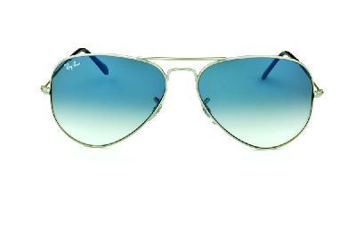 9335199fe7035 ... Óculos Ray-Ban Aviador RB3025 prata lente azul degradê tamanho 58 ...