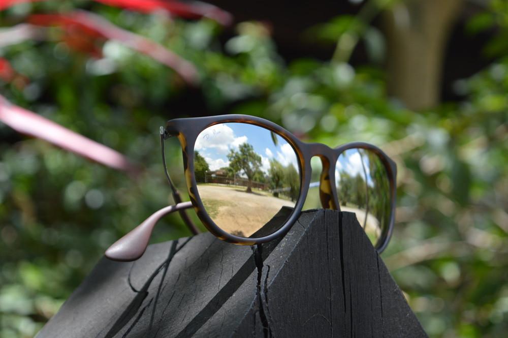 db49cf07443be óculos De Sol Estilo Ray Ban 4171 Erika Feminino   Louisiana Bucket ...