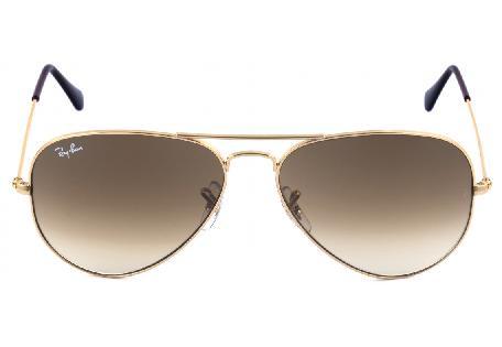 ff9f2bc87 ... Óculos Ray-Ban Aviador RB3025 dourado com lente degradê marrom ...