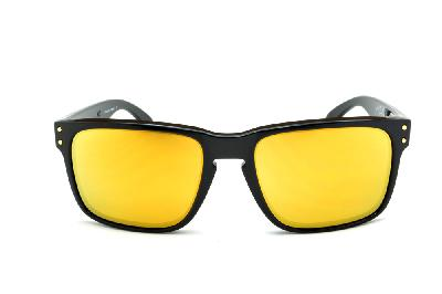 dd2d3fa96f377 ... Óculos de sol Oakley OO9102L Holbrook Shaun White preto e lente amarela  ...